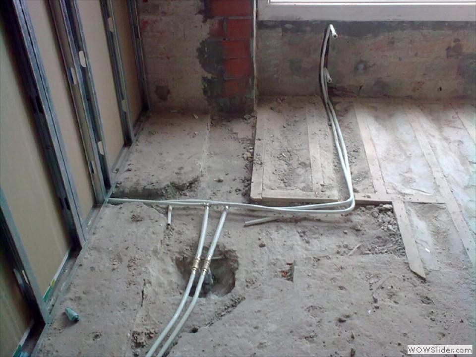 Mantenimientos fams santander instalaci n de suelo for Precio instalacion calefaccion radiadores